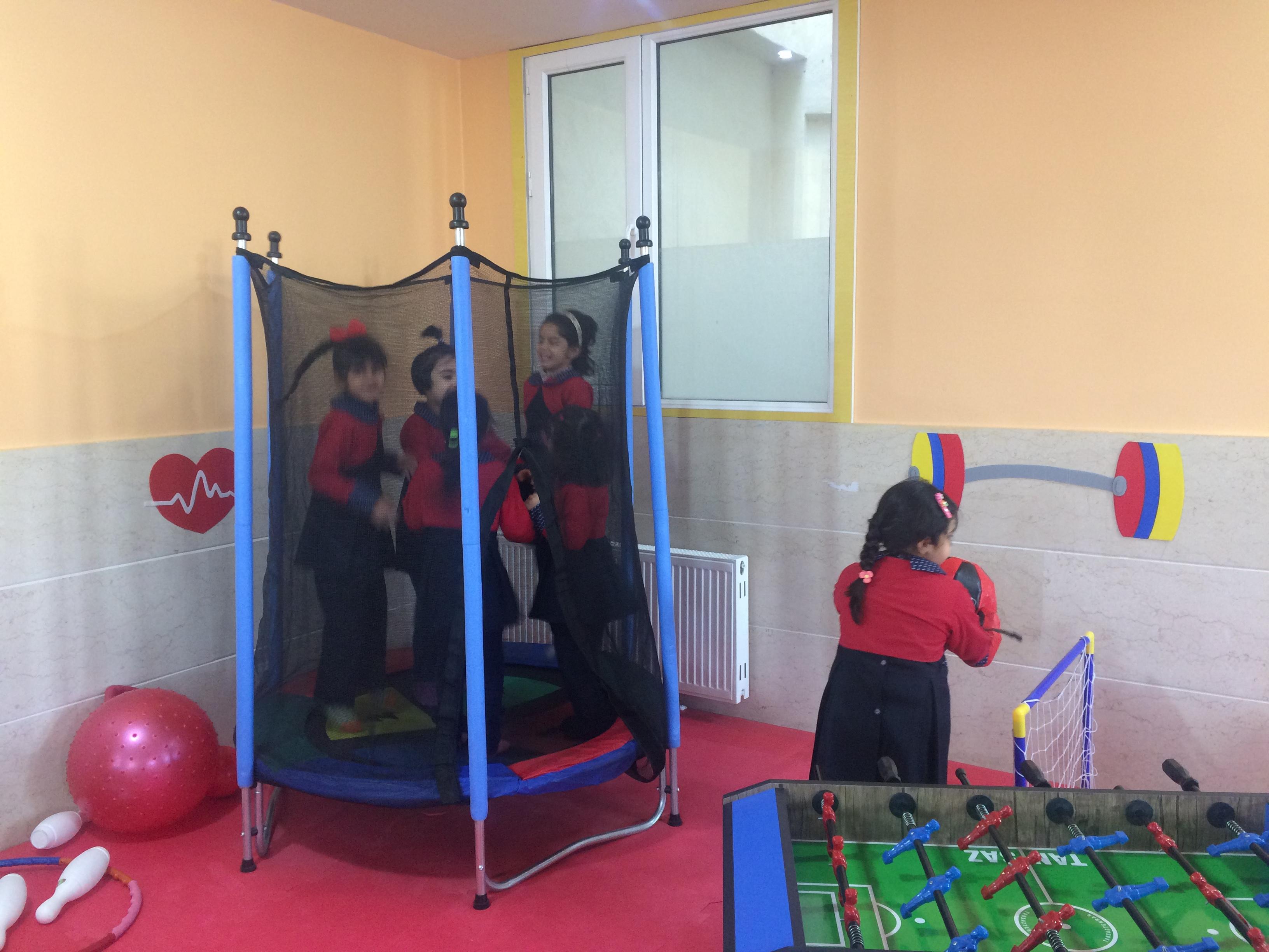 اردو کودکان در نوید صدرا